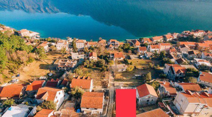 Prodaje se zemljiste u Kotorskom Zalivu