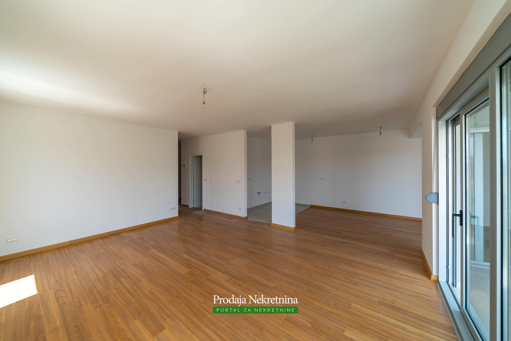 Apartman u Tivtu - Tivat Crna Gora - Vodič