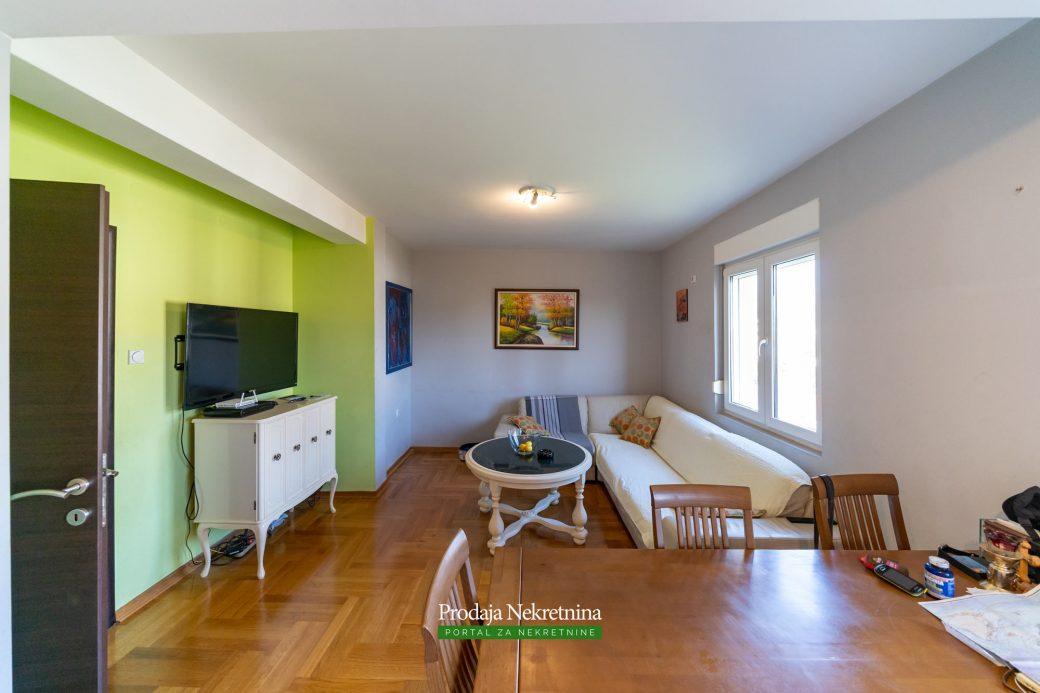 Dvosoban stan u Podgoricu