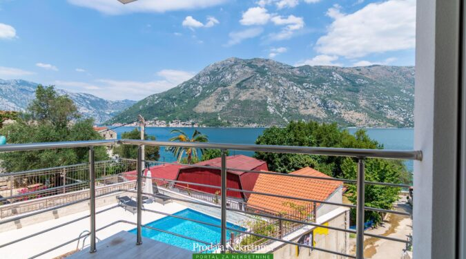 One bedroom apartment in Kotor