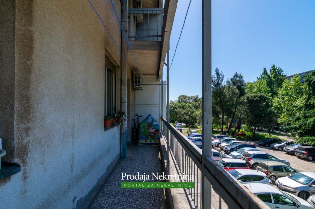 Trosoban stan Preko Morace