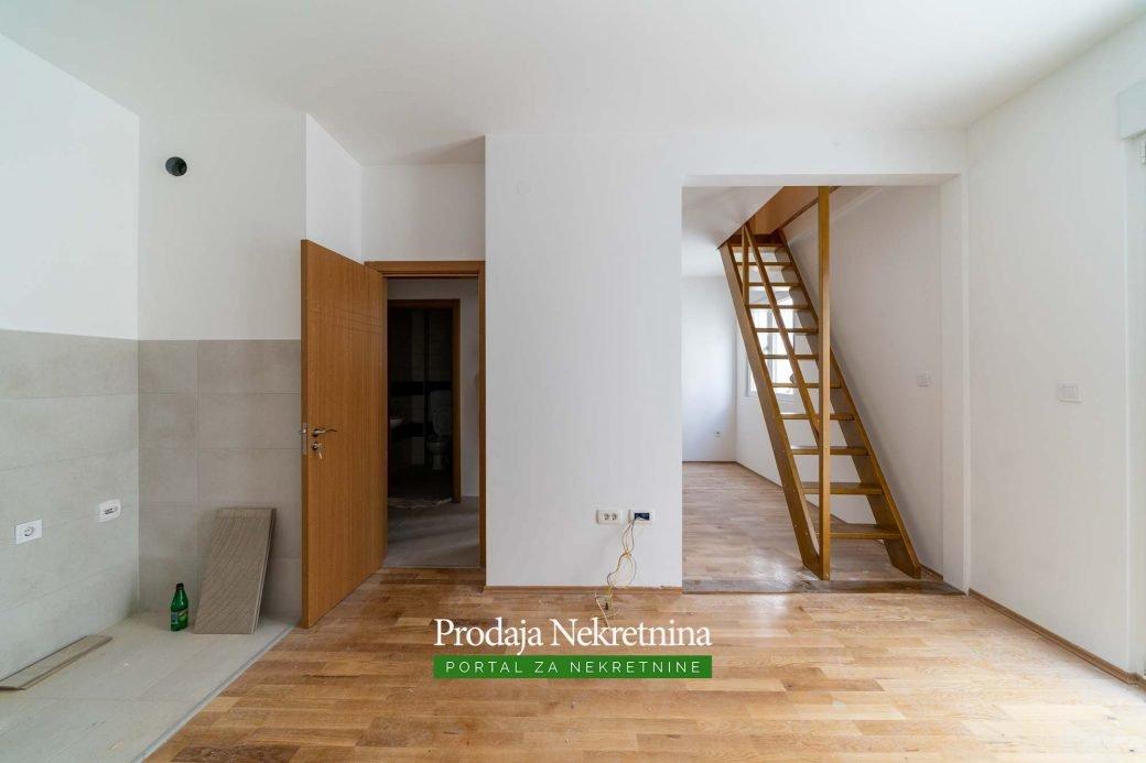 Prodaje-se-dvosoban-duplex-stan-na-Starom-Aerodromu (2)