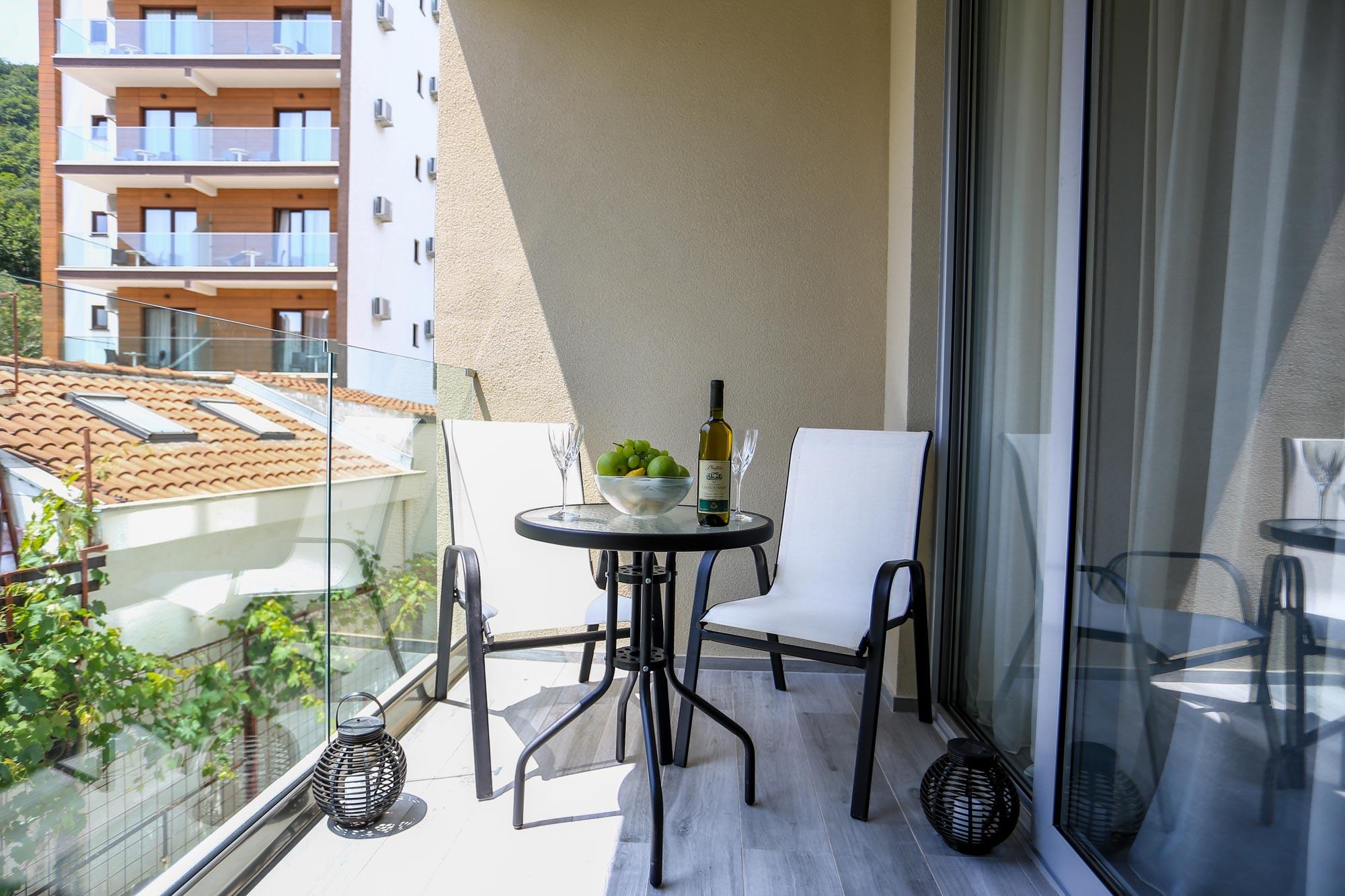 One Bedroom Apartment Near Budva With Sea View