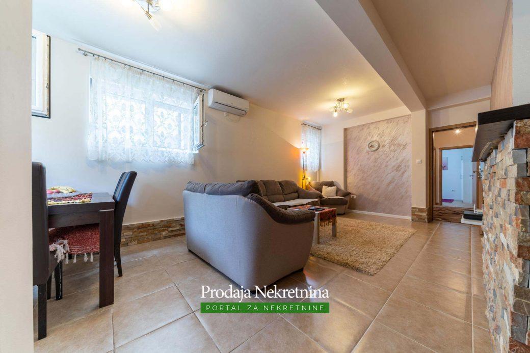 Dvosoban stan kod Ljubovica