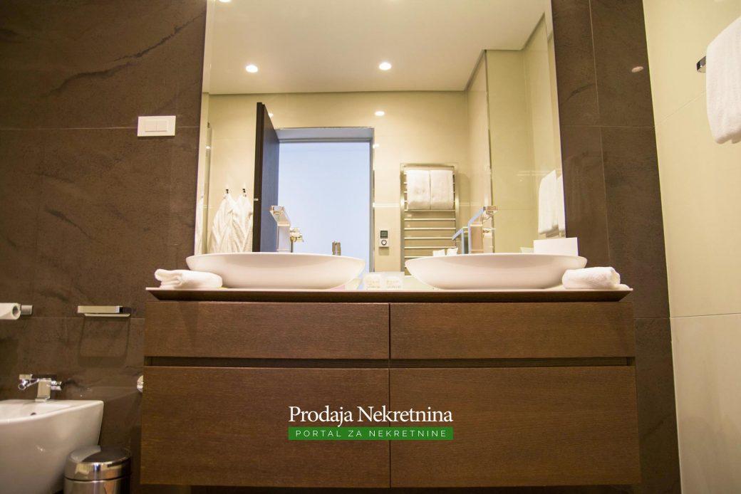 Luksuzni apartman u Budvi