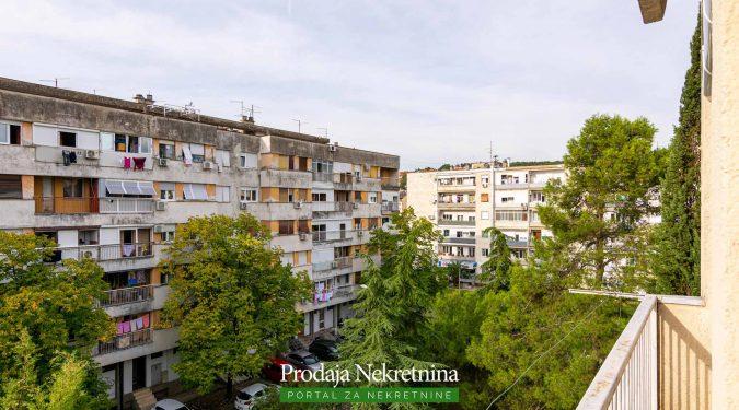 Prodaja nekretnina Preko Morace