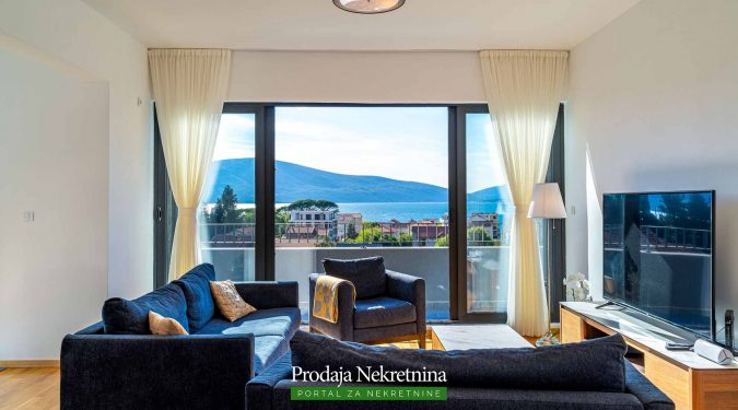 Trosoban apartman u Tivtu