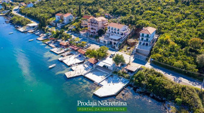 Hotel for sale in Tivat Bay