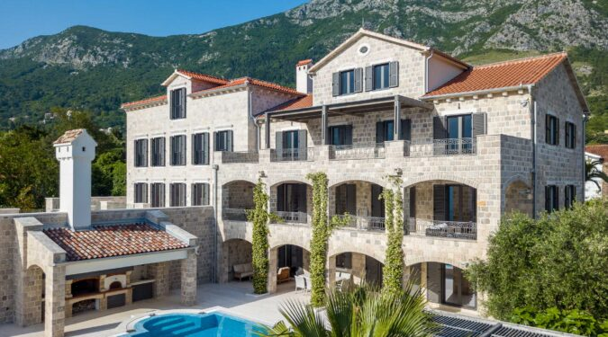 Luxury villa for sale in Bay of Kotor