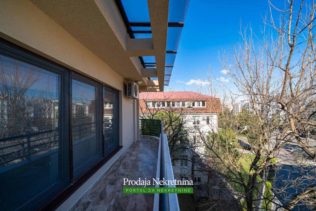 Prodaja-luksuznih-nekretnina-u-Podgoricu (17)