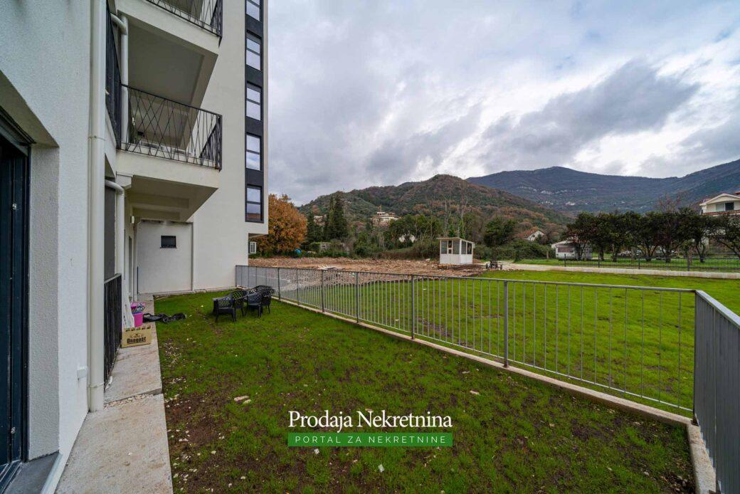 Prodaje se stan u novogradnji u Tivtu