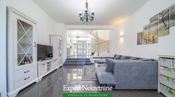 House for sale in Bar area