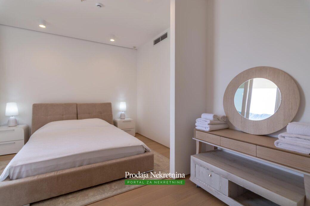 Luksuzni stan kod starog grada Budve