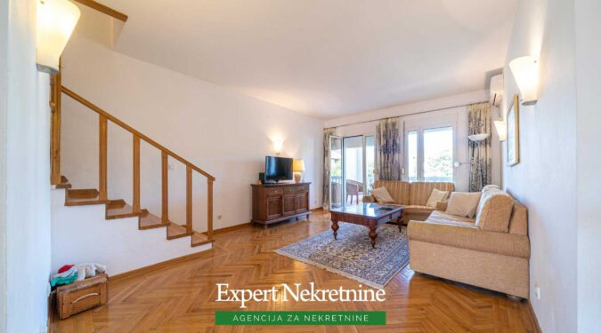 Duplex for sale in center of Tivat